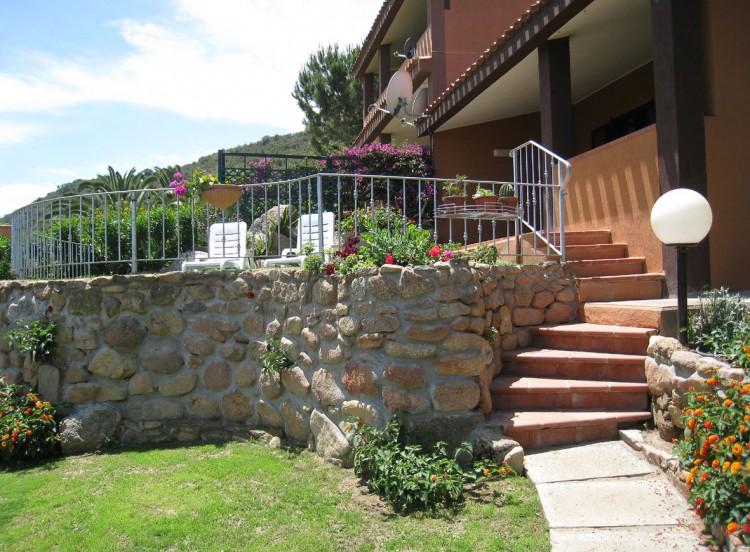 [:de]Treppe zur Terrasse[:it]Gradini al terrazzo